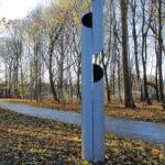 (31) Henk van Bennekum, Zonder titel, 2005, staal, h 320 cm, ø 50 cm